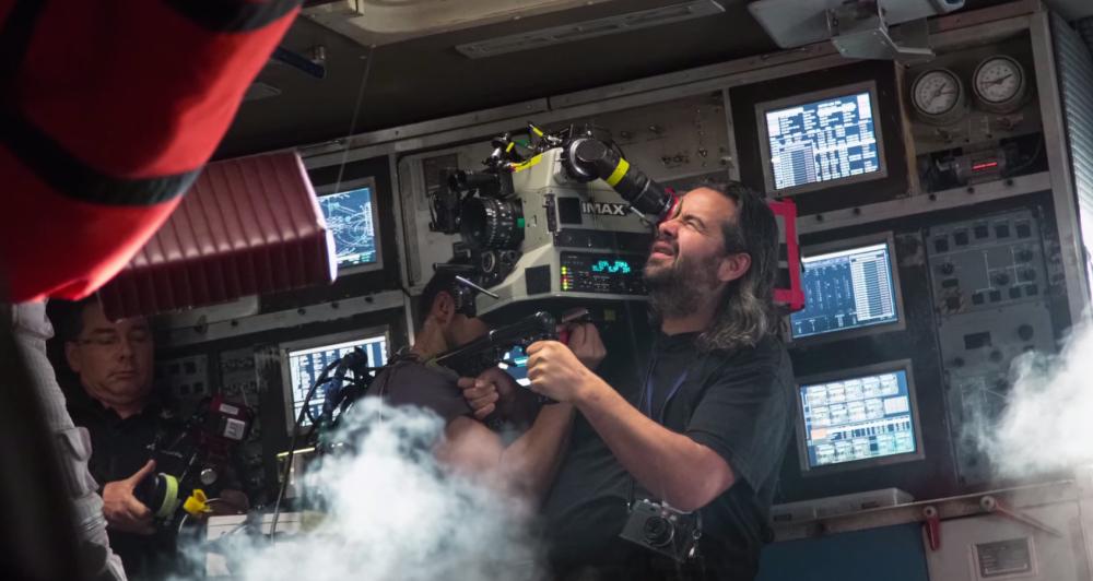 Le chef opérateur avec une caméra IMAX